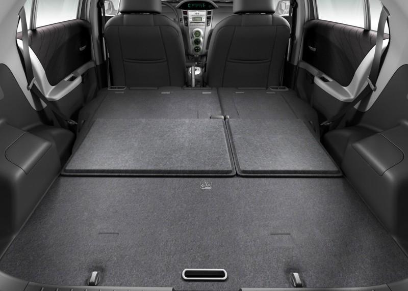 Toyota Vitz Space