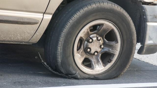 car-tyre-blowout