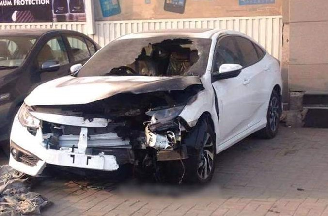 Honda Civic 2016 Catches Fire Pakwheels Blog