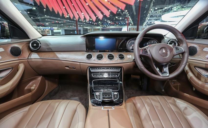 Mercedes E-200 RHD interior
