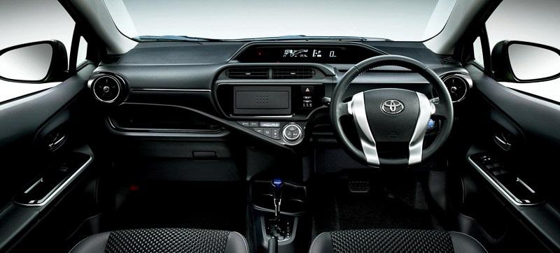 Toyota Aqua X-Urban 2015 7