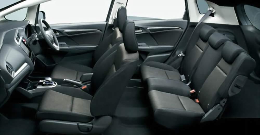 honda-fit-hybrid-f-package-interior-0