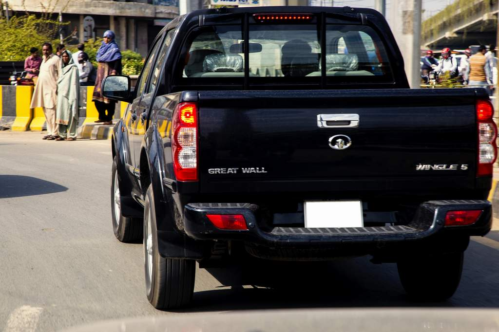 Spy Shots Great Wall Wingle 5 Spotted In Lahore Pakwheels Blog