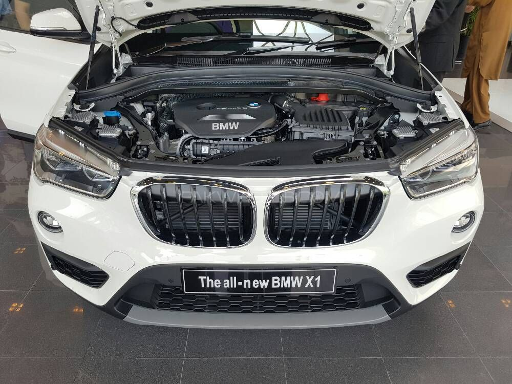 bmw x1 makes its way to the used car listing of. Black Bedroom Furniture Sets. Home Design Ideas