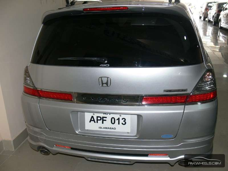 Elegant Toyota Alphard In Pakistan 496024