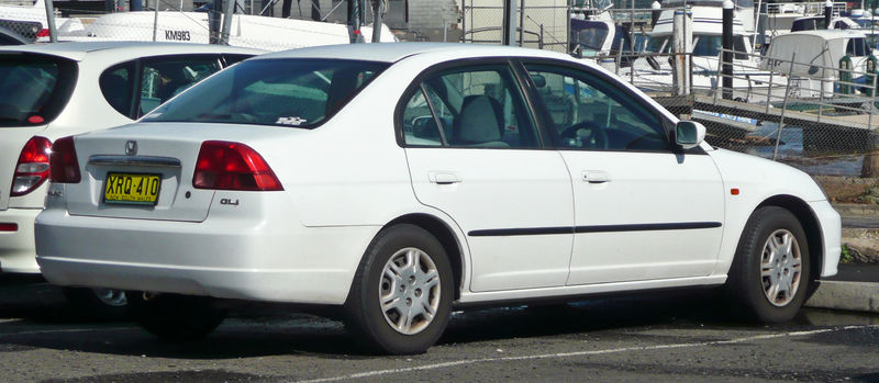 800px-2000-2002_honda_civic_gli_sedan_01