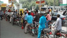petrol-shortage-in-karachi