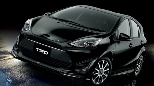 toyota-reveals-2017-aqua-with-trd-and-modellista-kits-in-japan_1