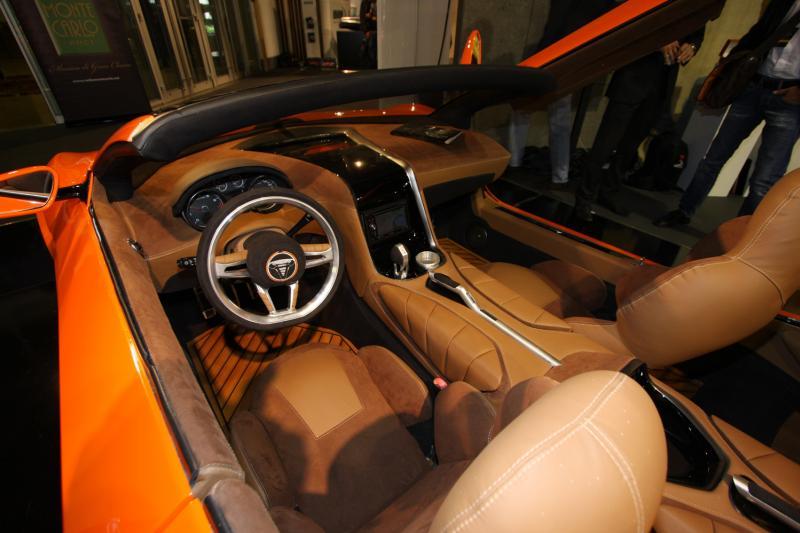 savage-rivale-roadyacht-gts-interior