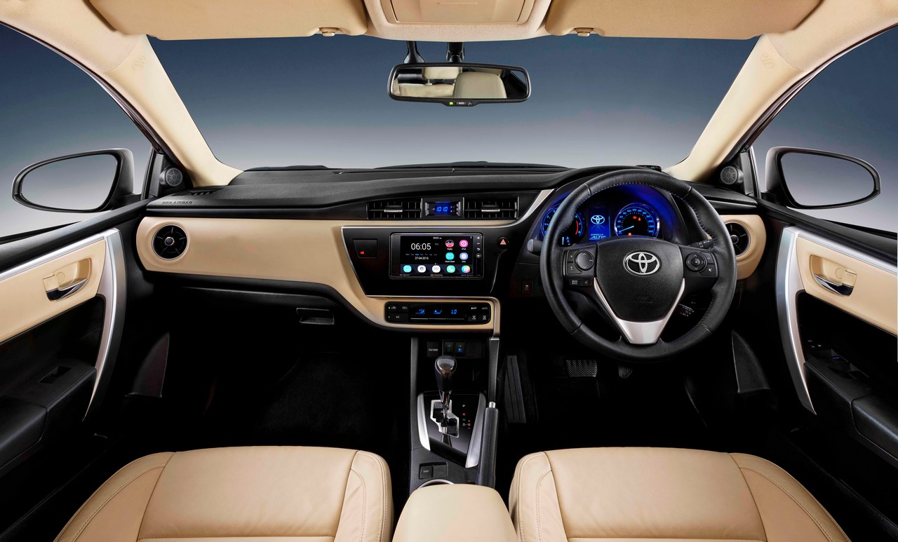 New Interior Changes In The Facelifted Toyota Corolla 2017