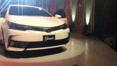 toyota-corolla-altis-grande-2017-launched-in-karachi-1