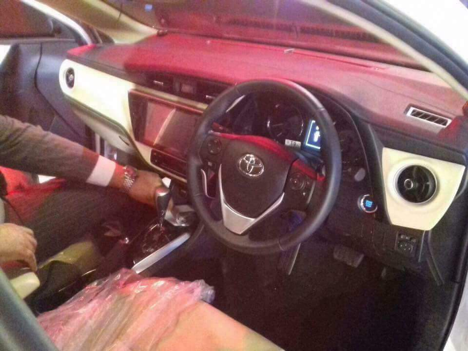 toyota-corolla-altis-grande-2017-launched-in-karachi-4