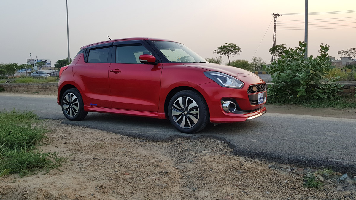 2017 Suzuki Swift RS Turbo PakWheels