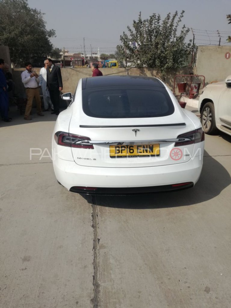 The First Tesla in Pakistan has Landed and It's a Beauty ...