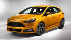 2017_ford_focus-st_4dr-hatchback_base_fq_oem_4_1280