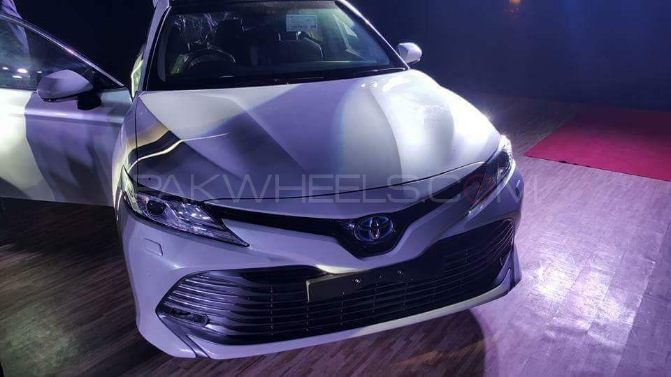 Breaking Toyota Pakistan To Launch A New Hybrid Car In Coming Days