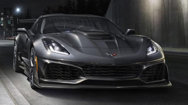 2019-chevrolet-corvette-zr1-2