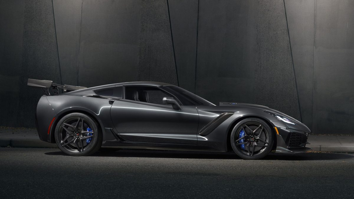 2019-chevrolet-corvette-zr1-3