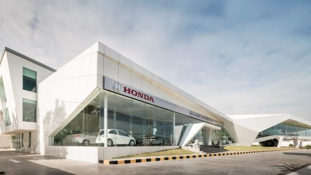 honda-showroom
