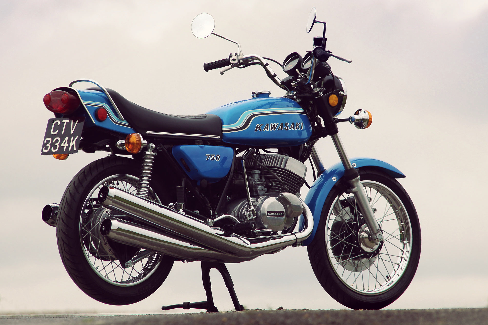 kawasaki-h2-mach-iv-750cc-4