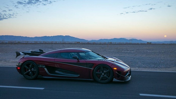 koenigsegg-agera-rs-sets-new-record-for-fastest-production-car-1