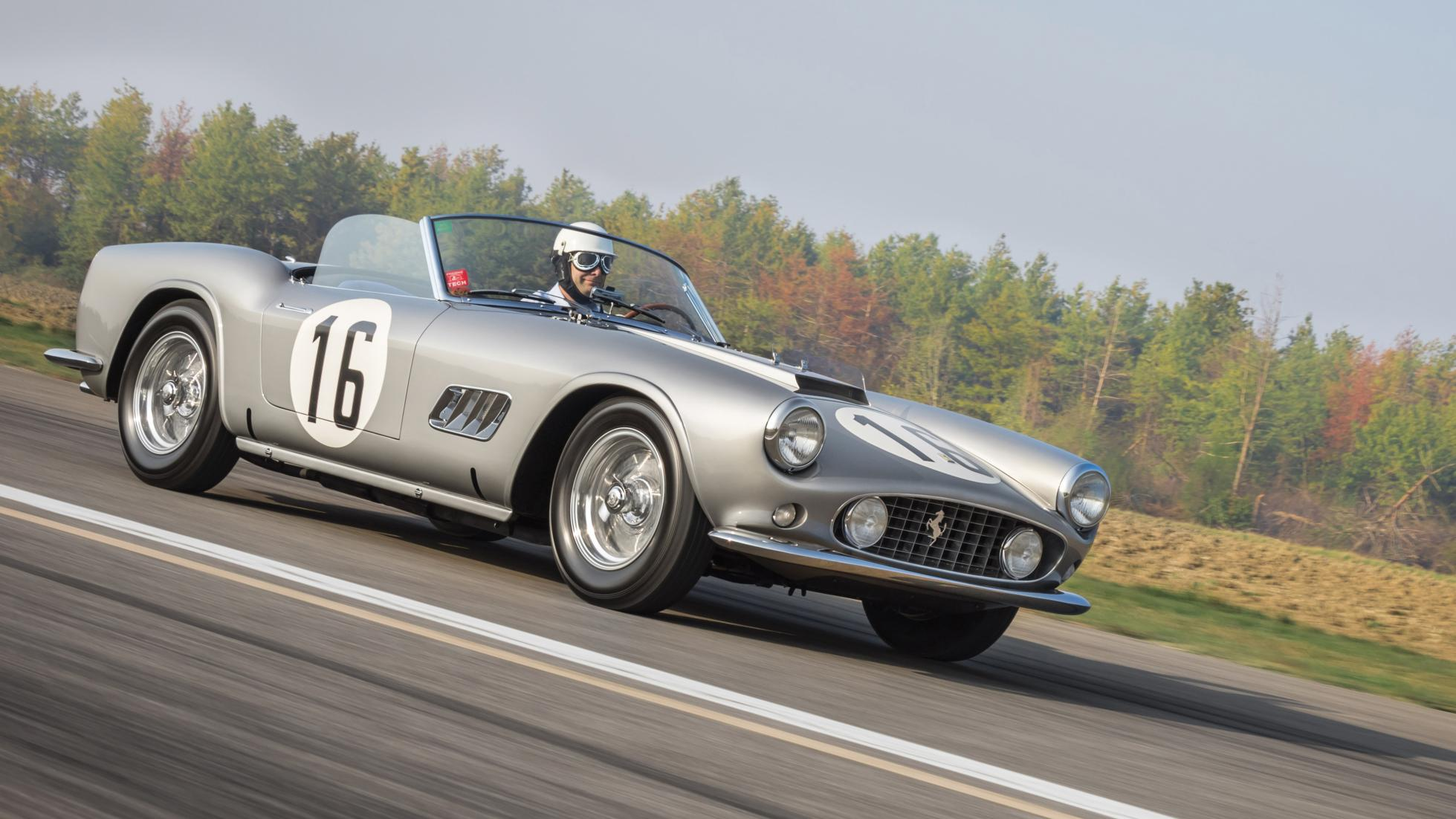 1959 ferrari 250 gt california auctioned at a price exceeding all expectations pakwheels forums. Black Bedroom Furniture Sets. Home Design Ideas