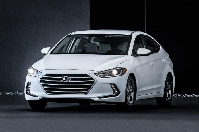 2018_hyundai_elantra_sedan_eco