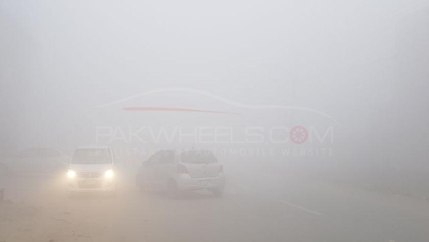fog-motorway-pakwheels