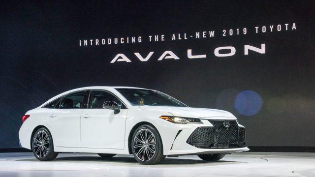 2018_Detroit_Auto_Show_Avalon_Reveal_12_EED820A95E14A46E6D5499E30D560E331C28DBFB