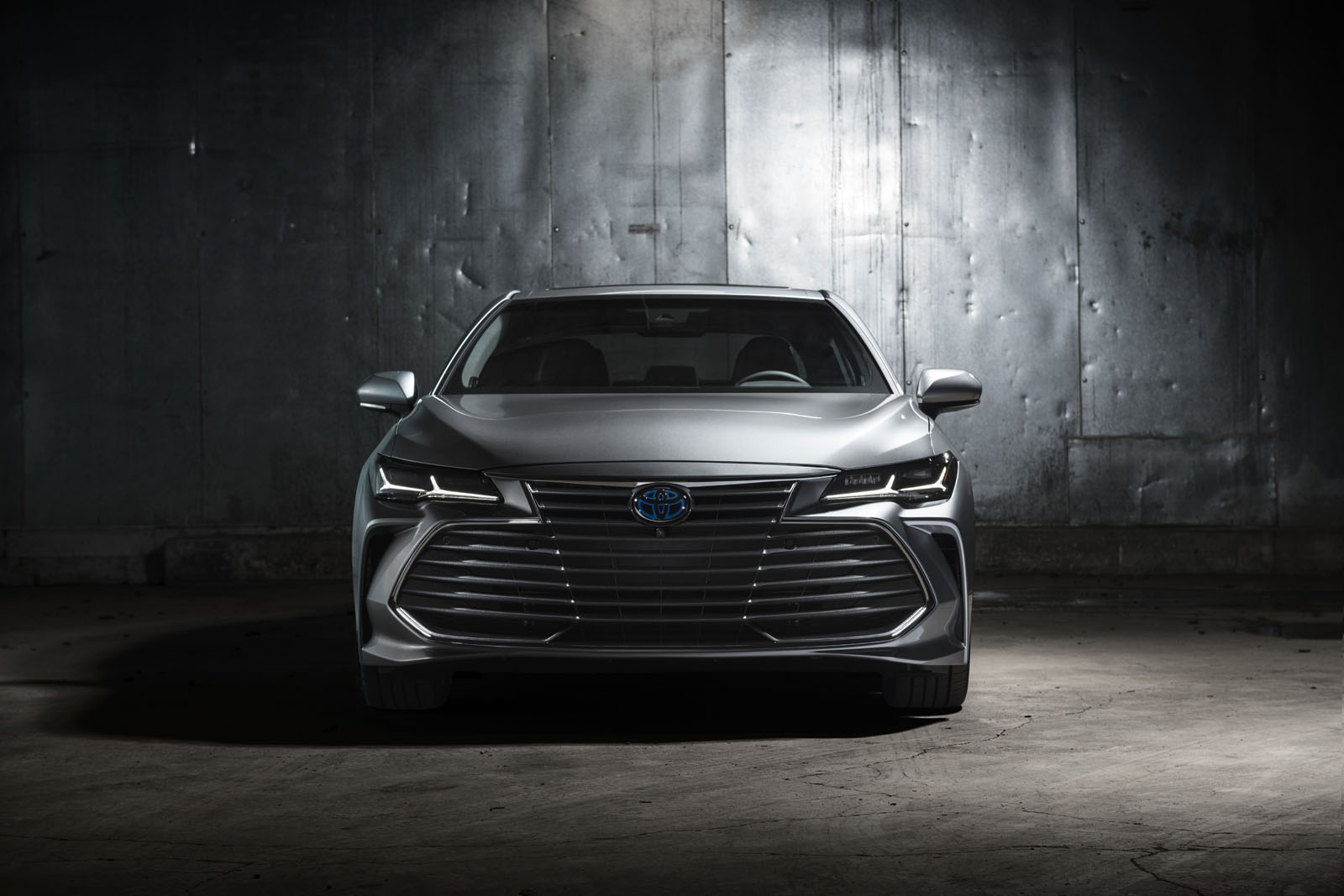 2019-Toyota-Avalon-4