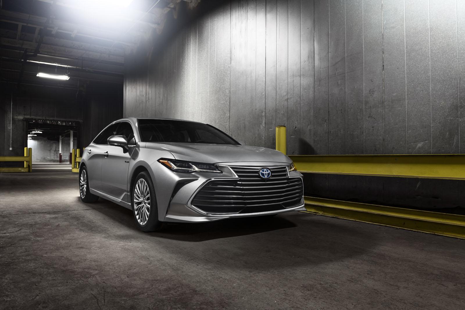 2019-Toyota-Avalon-7