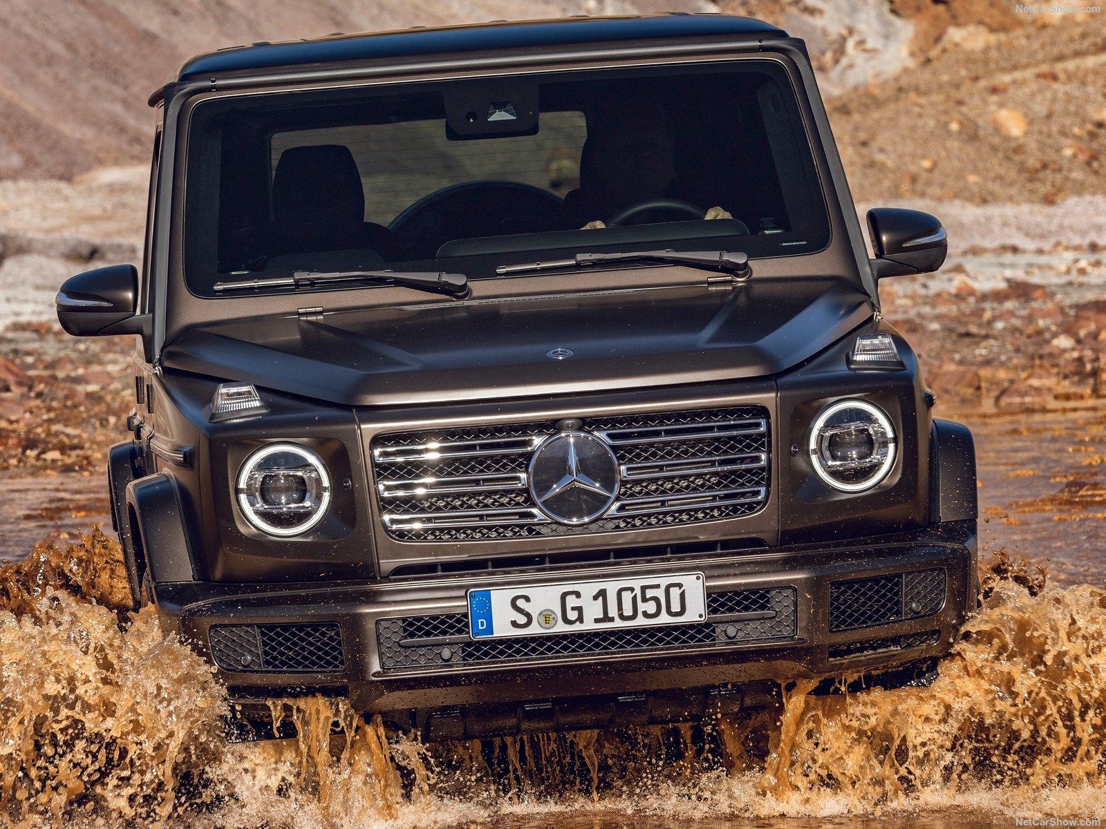 Mercedes-Benz-G-Class-2019-1600-20