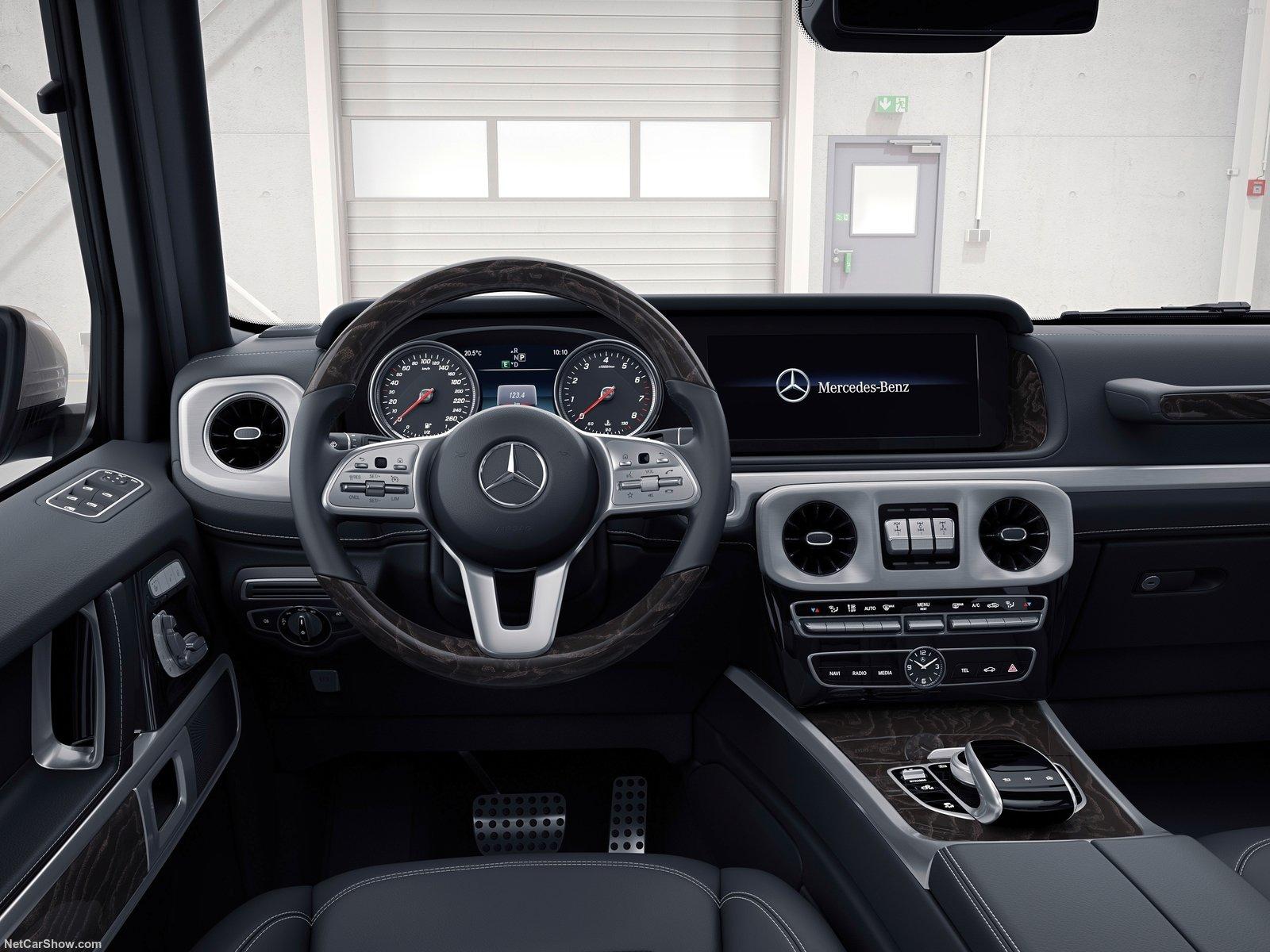 Mercedes-Benz-G-Class-2019-1600-27