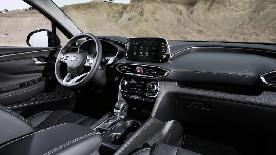 2019 Hyundai Santa Fe unveiled (13)