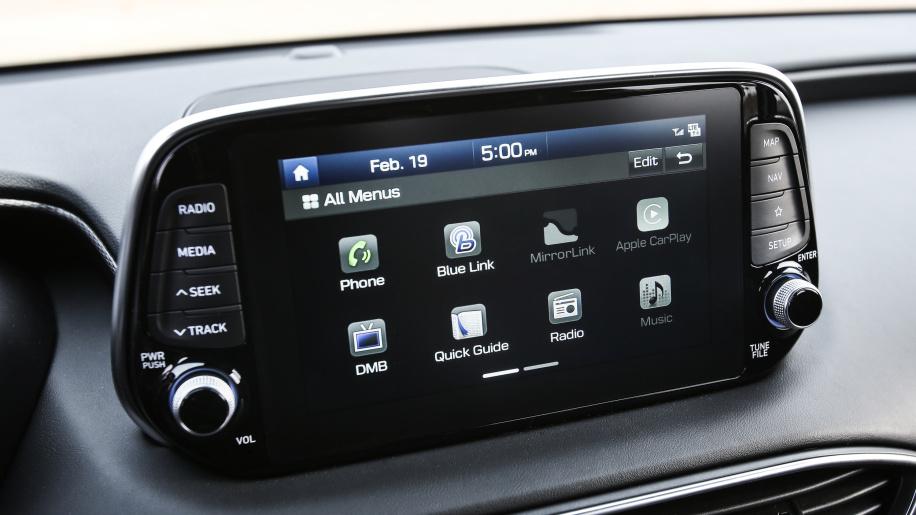 2019 Hyundai Santa Fe unveiled (16)