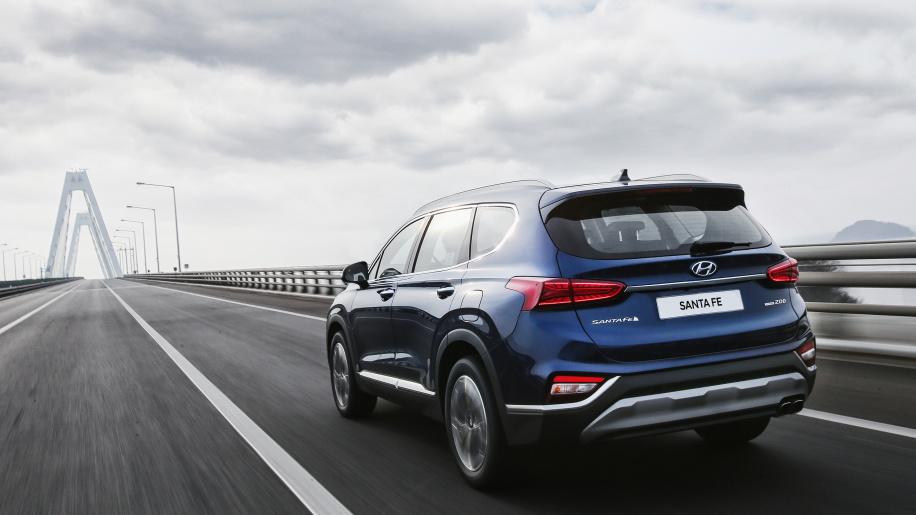 2019 Hyundai Santa Fe unveiled (7)