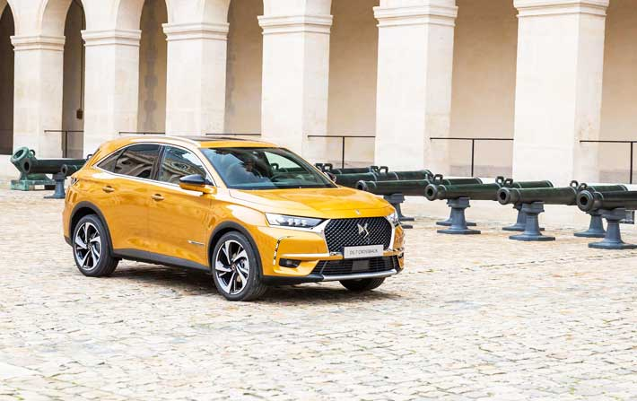DS-7-Crossback1
