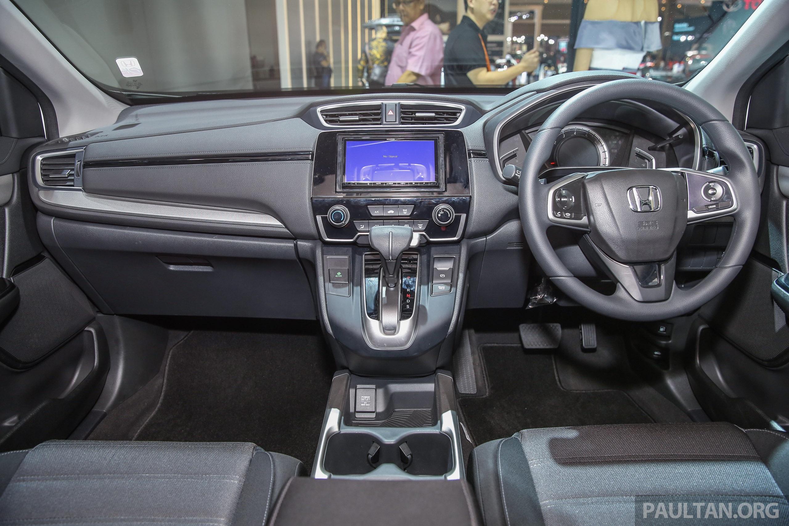 IIMS-2017-Honda-CR-V-20-23