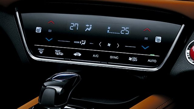 car features-touch climate control