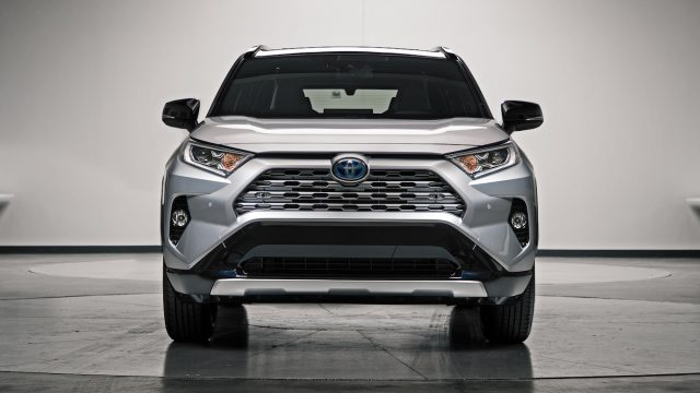 2019 Highlander Hybrid >> The new 2019 Toyota RAV4 revealed - PakWheels Blog