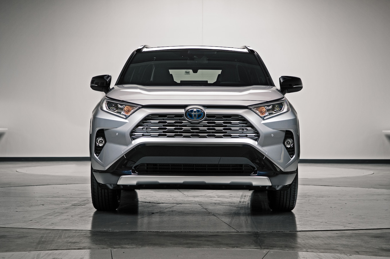 The new 2019 toyota rav4 revealed pakwheels blog for Motor king auto sales