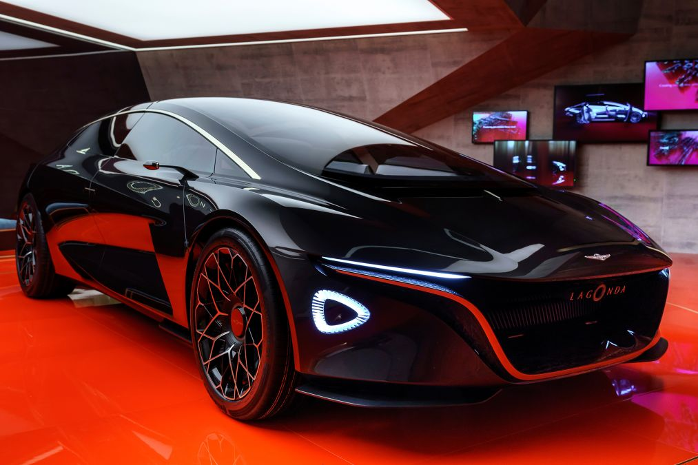 Aston Marting - Lagonda Vision Concept (5)