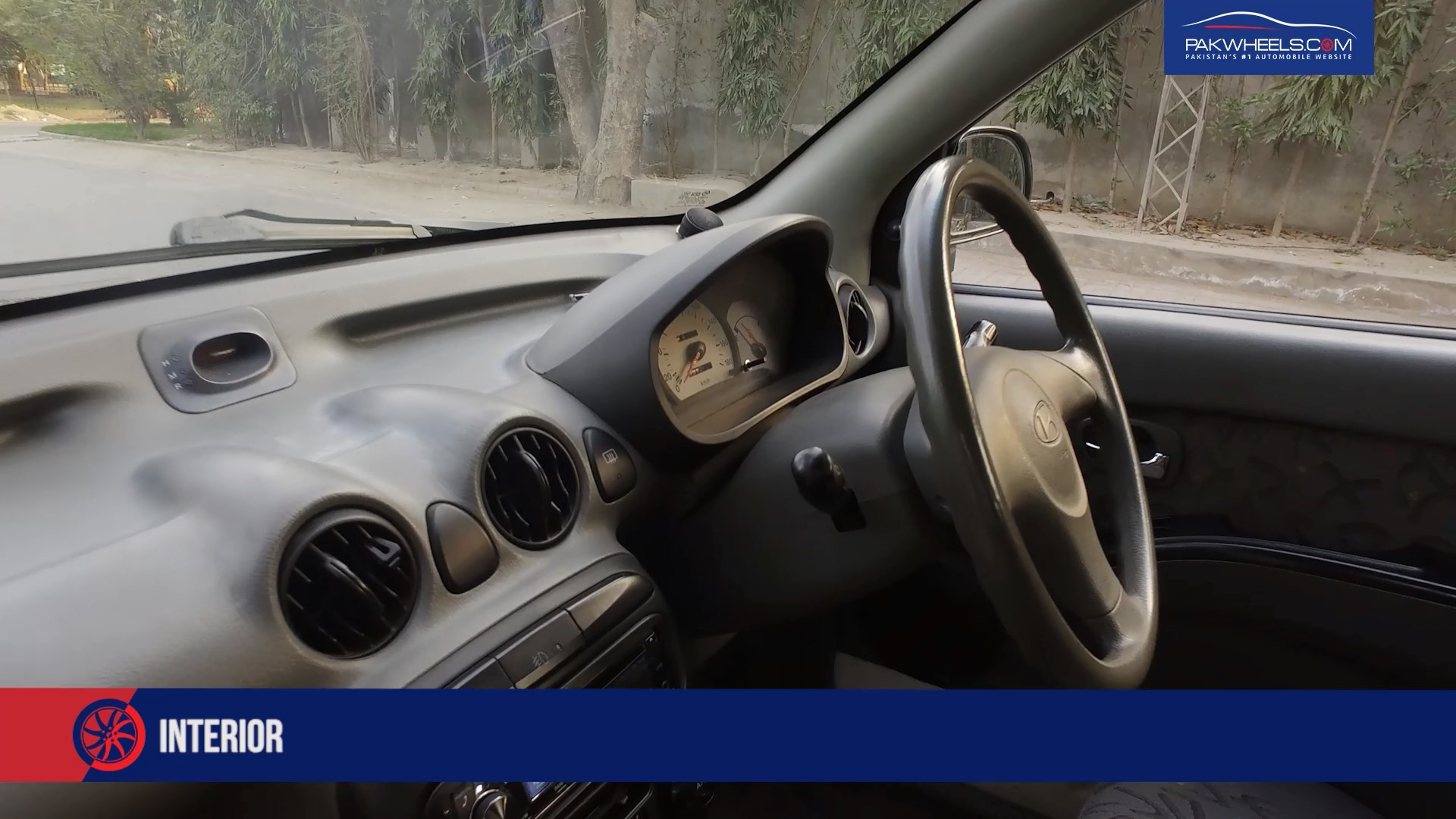 Hyundai Santro 2004 - PakWheels Budget Car Review (4)