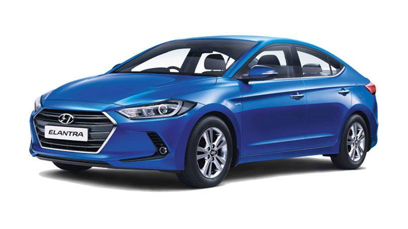 Hyundai_Elantra_(3)