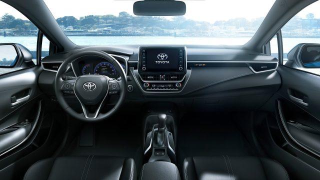 Toyota-Corolla_Hatchback-2019-1600-0c