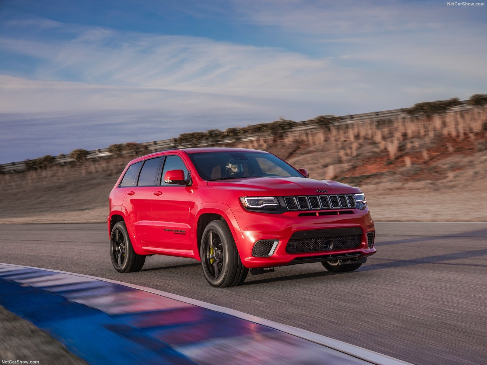 Jeep-Grand_Cherokee_Trackhawk-2018-1600-04