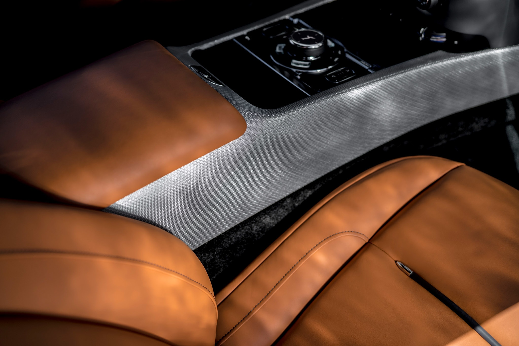 Rolls Royce Wraith Luminary Collection (4)