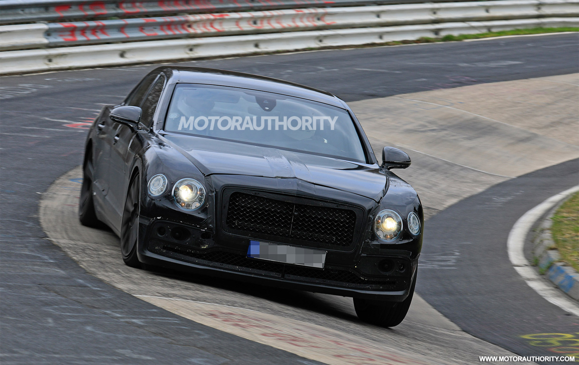 2020-bentley-flying-spur-(3)