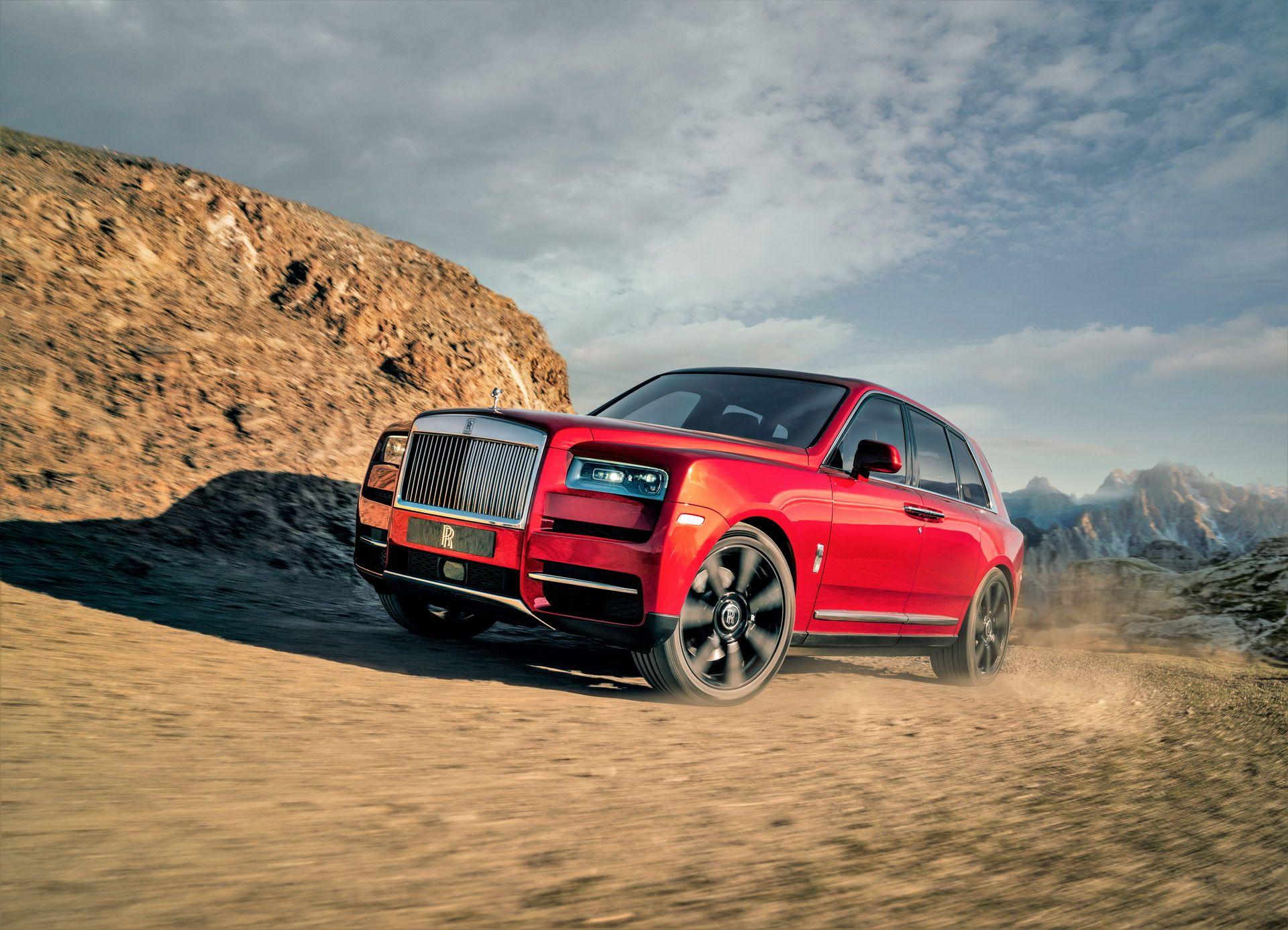 Rolls-Royce-Cullinan-4-1