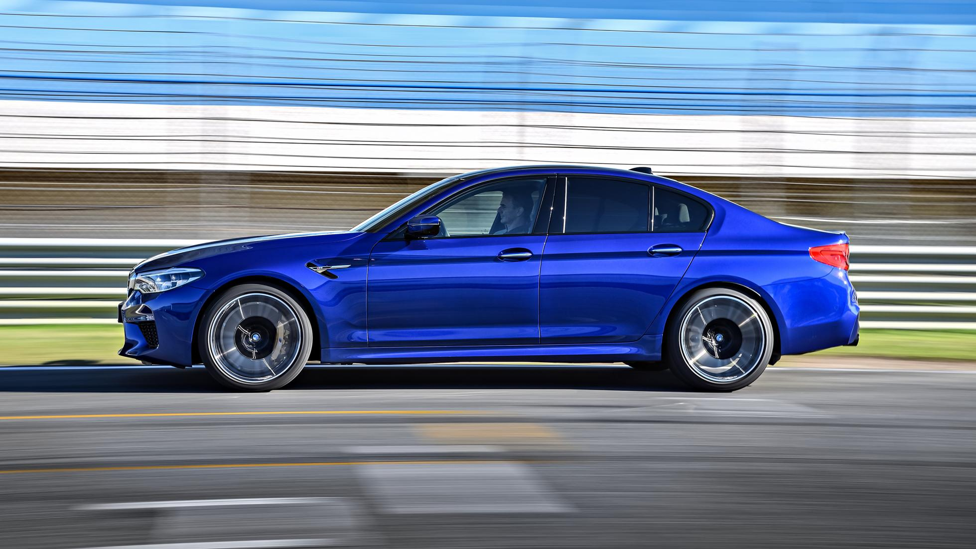 p90286991_highres_the-new-bmw-m5-11-20